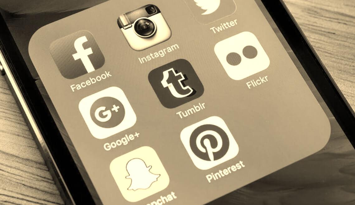 necesitas-un-community-manager-en-coruna-para-llevar-tus-redes-sociales